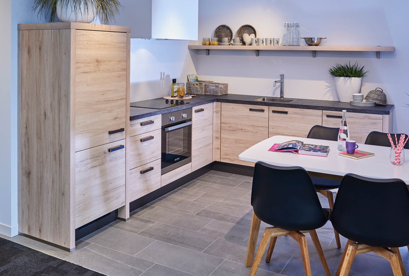 Goedkope Showroomkeukens : Onze goedkope keukens hoge kwaliteit voor lage prijzen