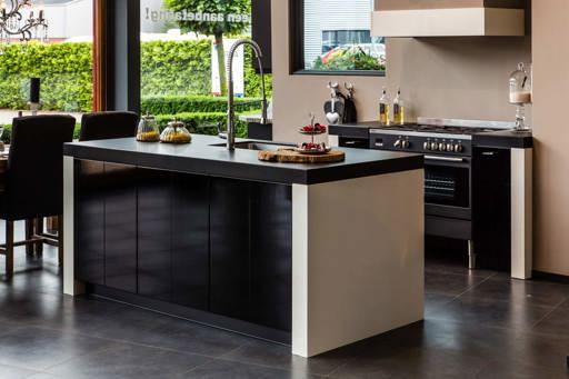 Onze moderne keukens: het nieuwste voor lage nettoprijzen.   adee