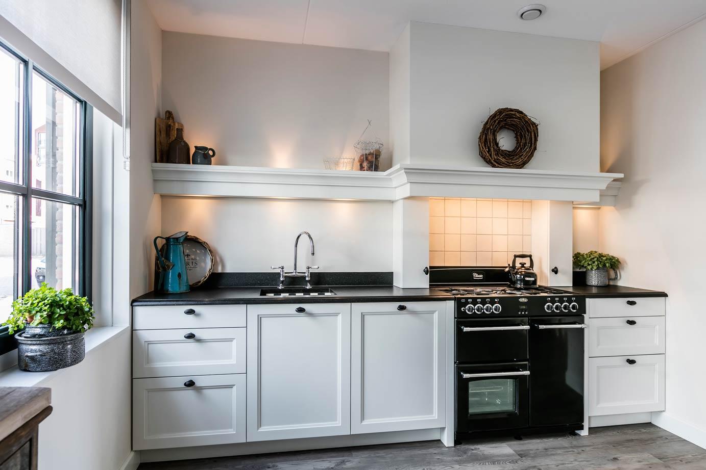 Landelijk Kleuren Keuken : Landelijke keukens kopen bekijk voorbeelden db keukens