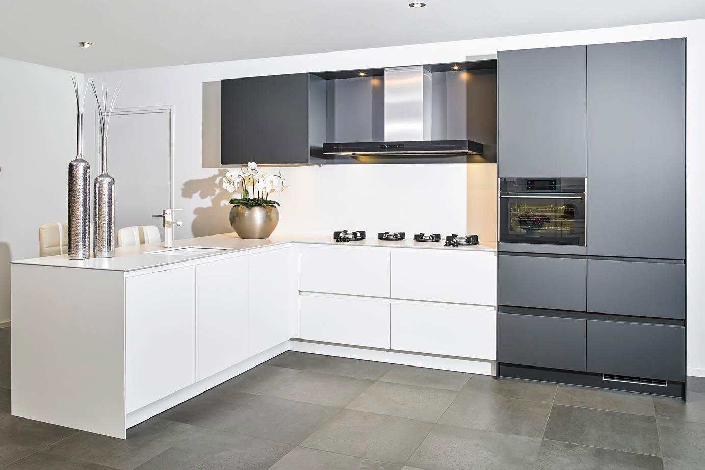 Onze moderne keukens het nieuwste voor lage nettoprijzen adee
