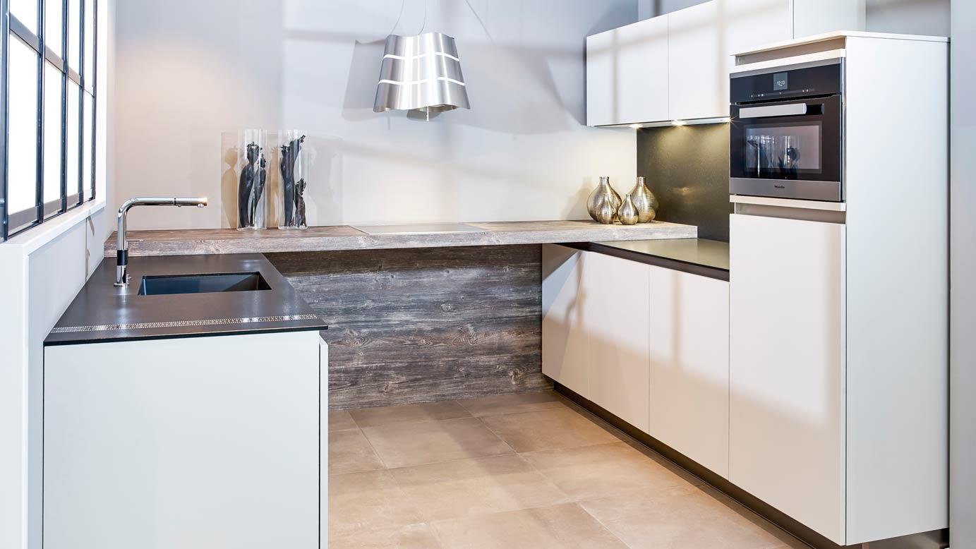 Keuken Design Moderne : Design keukens exclusief voor lage nettoprijzen adee