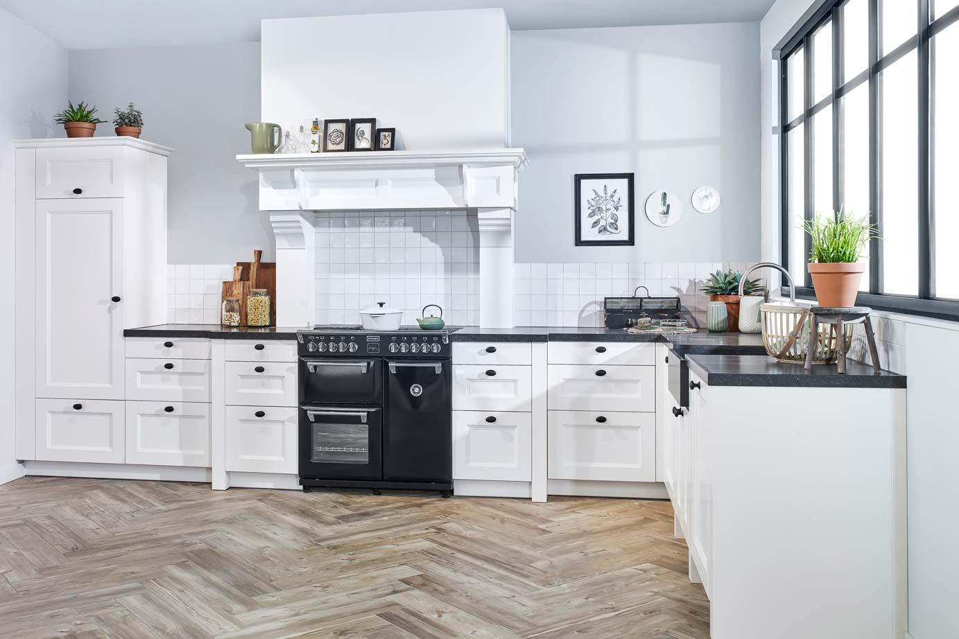 Eenvoudige Schouw Keuken : Schouw keuken best of keukens uden elegant kleine landelijke
